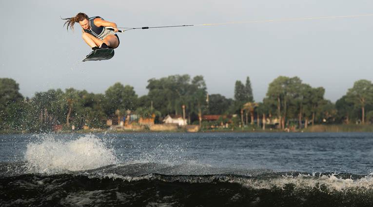 moxie-pro-boat-winner-meagan-ethell-thumb